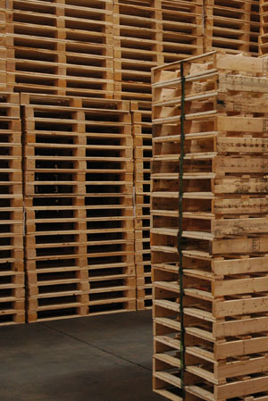 Block and stringer pallets